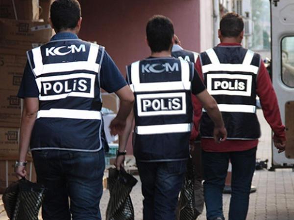 Daha 200 polis saxlanıldı