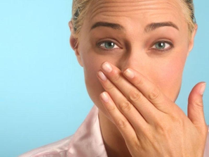 запах изо рта у взрослого что делать