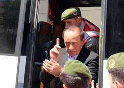 Türkiyənin əfsanəvi mafiya babası azadlığa buraxıldı və ilk sözü...