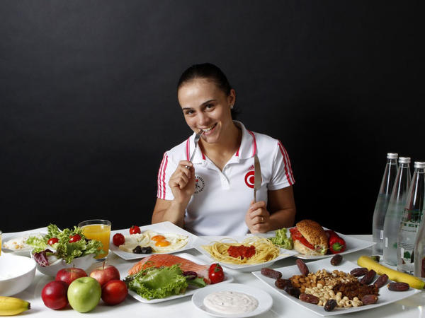 Türkiyə idmançılarının yeməkləri - FOTO
