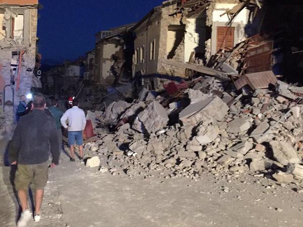 İtaliyada güclü zəlzələ: yüzlərlə ev dağıldı, 24 ölü - YENİLƏNİB - VİDEO - FOTO