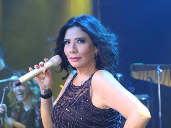 Məşhur müğənni də konsertlərini təxirə saldı
