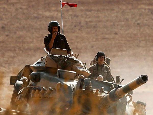 """Türk ordusu Suriyaya girdi: İŞİD-in başı əzilir - <span class=""""color_red"""">YENİLƏNİB - VİDEO - FOTO</span>"""