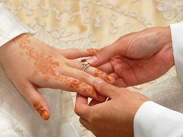 İkinci evlilik zamanı kişi öz birinci arvadından icazə almalıdırmı?