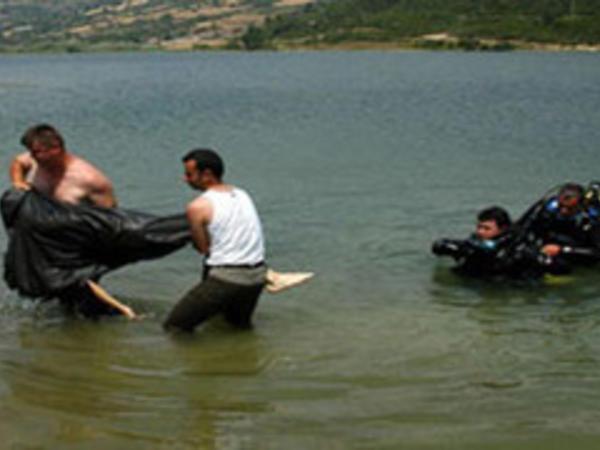 Axtarılan şəxsin meyidi kanaldan tapıldı