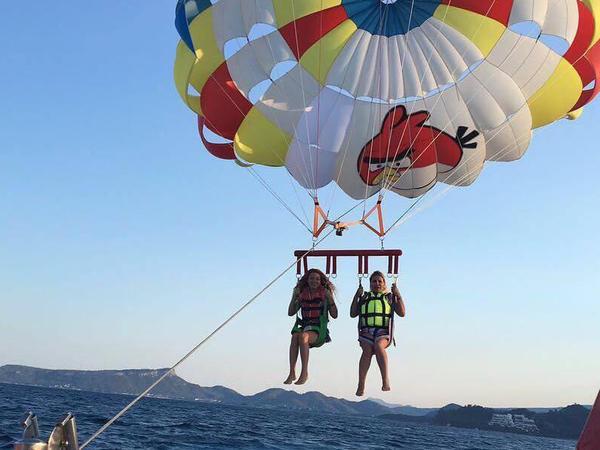 Aktrisamızın Antalyada ekstremal istirahətindən FOTOlar