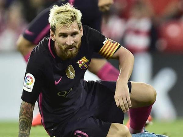 Messi zədələndi