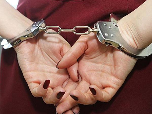 Azərbaycana narkotik gətirən qadın saxlanıldı