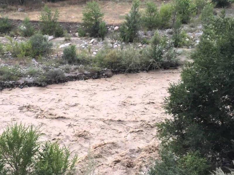 Güclü yağış daşqınlara səbəb oldu