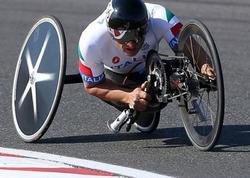 "Sabiq ""Formula 1"" pilotu paralimpiadada qızıl medal qazandı - VİDEO"