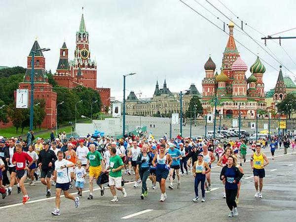 Moskvada 30 mindən çox adam qaçır