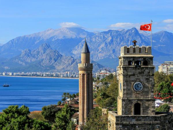 Azərbaycandan Antalyaya turist axını 39 faiz artıb