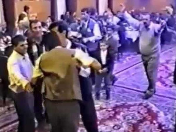 Azərbaycanda toy davası: bəyin qardaşı və atası qonağı döydülər