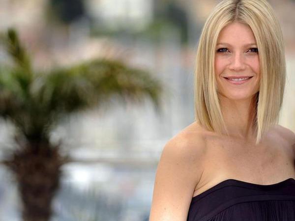 44 yaşlı aktrisa makiyajsız da bəyənildi - FOTO
