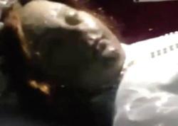 Kilsədə qorxulu anlar: 300 illik mumiya dirildi - VİDEO