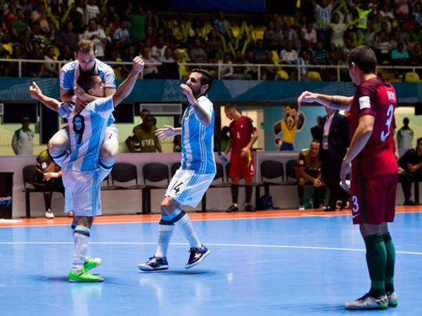 Mundialın finalında Rusiya - Argentina dueli