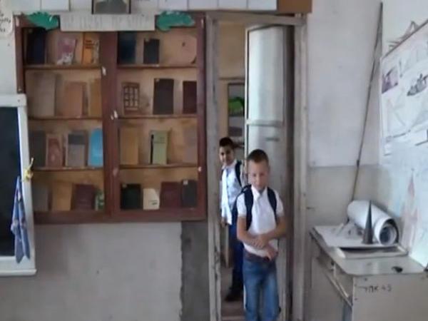 Ermənistanda məktəblilər tətil elan etdilər - VİDEO - FOTO