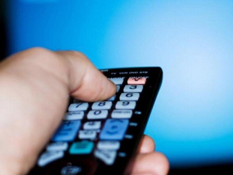 Köhnə televizoru olanların NƏZƏRİNƏ: Kanalları izləyə bilməyəcəklər