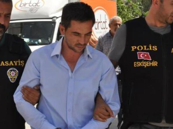 Aktrisanın bacısını bıçaqlayana 14 il həbs verildi - FOTO