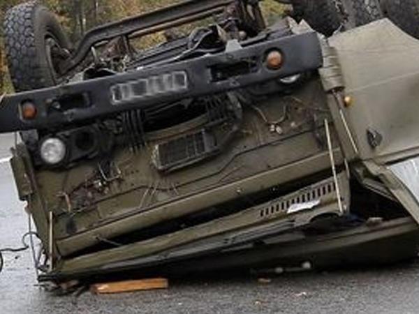 Gürcüstanda hərbi avtomobil aşıb, ölən və yaralananlar var