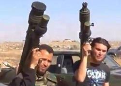 ABŞ suriyalı müxaliflərə rus təyyarələrini vurmaq üçün silah verib?