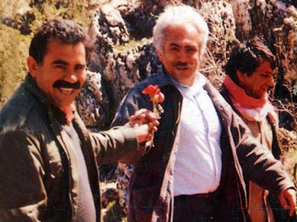 Partiya sədrinin canlı efirdə elə bir fotosu üzə çıxdı ki... - VİDEO