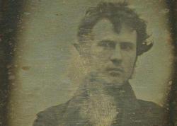 Dünyada ilk selfi XIX-cu əsrdə çəkildi - FOTO