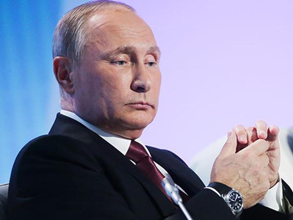 """Putin: """"Trampı devirmək istəyirlər..."""""""