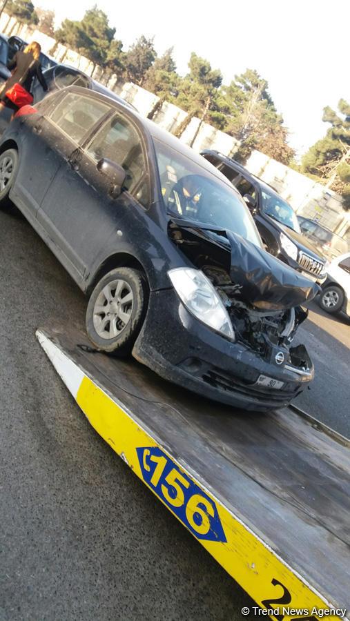 İki qadın sürücü paytaxtda qəza törətdi - TIXAC yarandı - FOTO