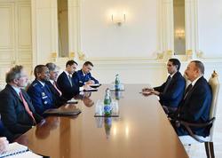 İlham Əliyev ABŞ-ın nəqliyyat komandanının başçılıq etdiyi nümayəndə heyətini qəbul edib - YENİLƏNİB - FOTO