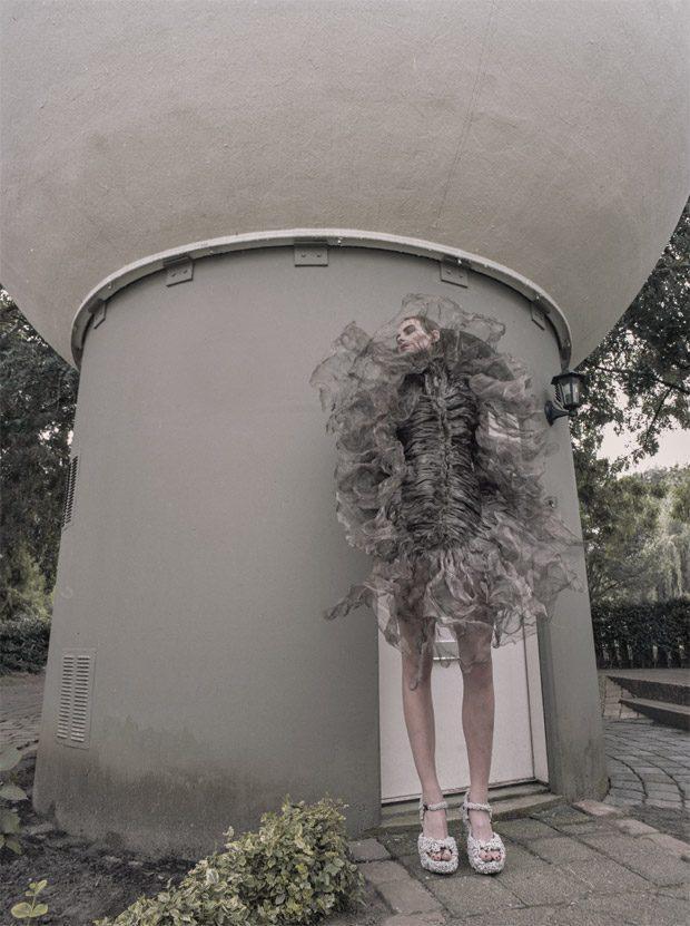 Estellanın futuristik FOTOları