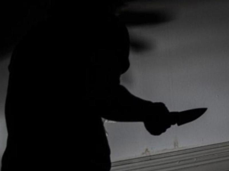 22 yaşlı gənc ağzından bıçaqlandı - BAKIDA