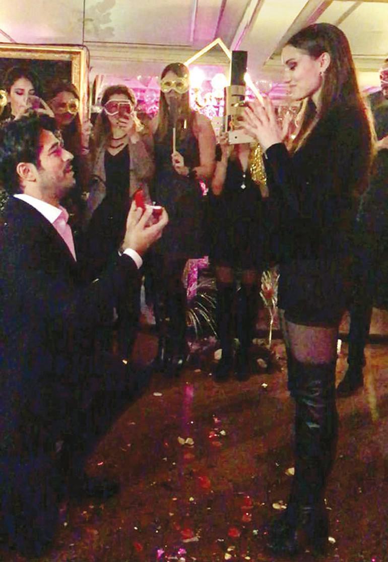 Burakdan Fahriyeyə 90 minlik evlilik təklifi - YENİLƏNİB - FOTO