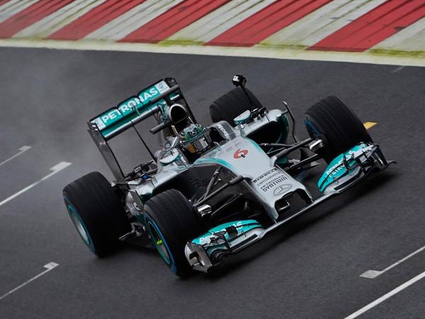 Formula-2 üzrə ikinci yarışda 2 bolid yarışda mübarizəni dayandırdı