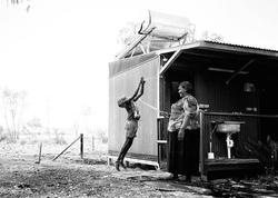 Avstraliyalı aborigenlər belə yaşayır - FOTO