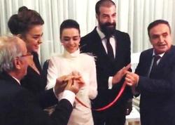 Aktrisa həmkarı ilə nişanlandı - FOTO