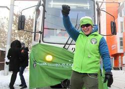 34 yaşlı qadın 36 tonluq tramvayı çəkdi - VİDEO - FOTO