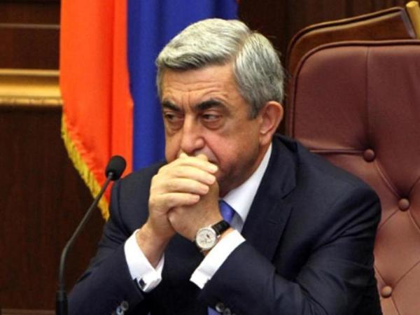 Sarkisyan Milli Təhlükəsizlik Şurasını topladı