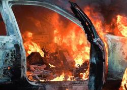 Bakıda Volkswagen yandı