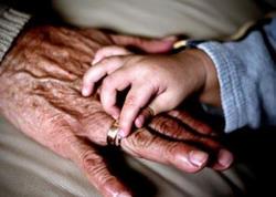80 yaşlı ərəb 12 yaşlı qızla evləndi - VİDEO - FOTO