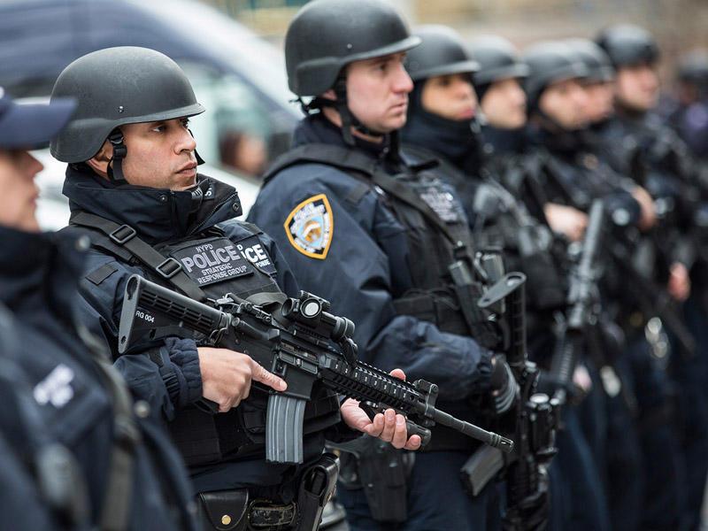 Nyu-York polisi Ağ evə tabe olmadı