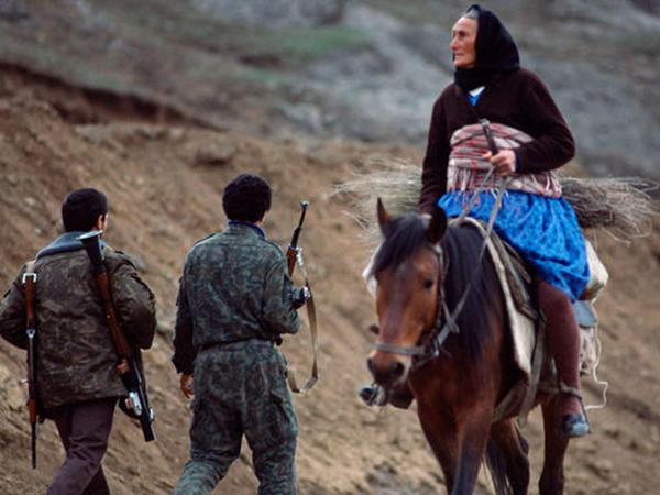 Xocalı soyqırımı nadir şəkillərdə – FOTO
