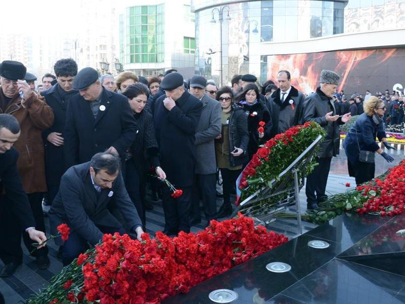 Azərbaycan ictimaiyyəti Xocalı soyqırımı qurbanlarının xatirəsini yad edir