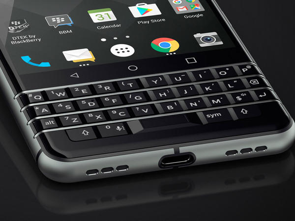 BlackBerry KEYone təqdim olundu - FOTO