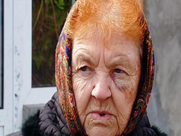 80 yaşlı qadın oğrunu evdən əliboş yola saldı - FOTO
