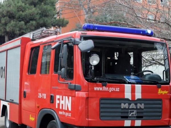 Bakıda 6 otaqlı ev yandı