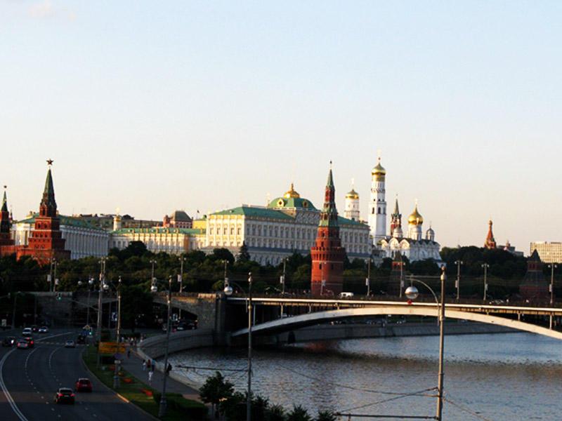 Putin Sarkisyanı Moskvaya çağırdı - Mövzu Dağlıq Qarabağ