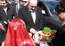 """""""Azərbaycan xalqını salamlayır, Novruz bayramı münasibətilə təbrik edirəm"""" - <span class=""""color_red"""">Gürcüstan Prezidenti - FOTO</span>"""