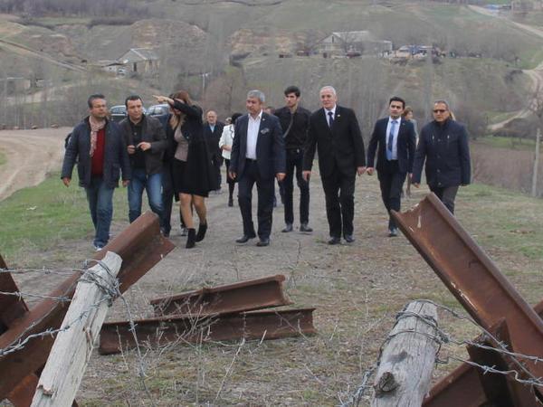 Türkiyənin jurnalist təşkilatları rəhbərləri ön cəbhədə oldular - FOTO