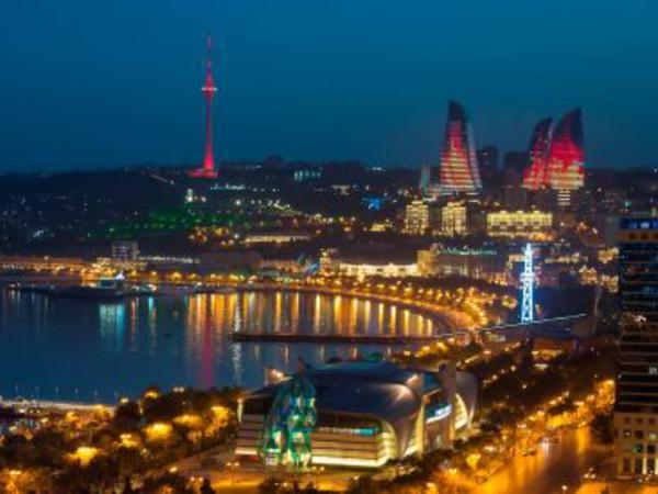 """Bakı rusların ən populyar 5 turizm şəhərindən biridir - <span class=""""color_red"""">GƏLİRLƏR</span>"""